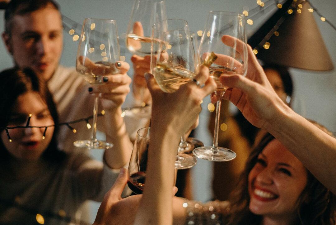 Frohe Festtage und ein glückliches neues Jahr
